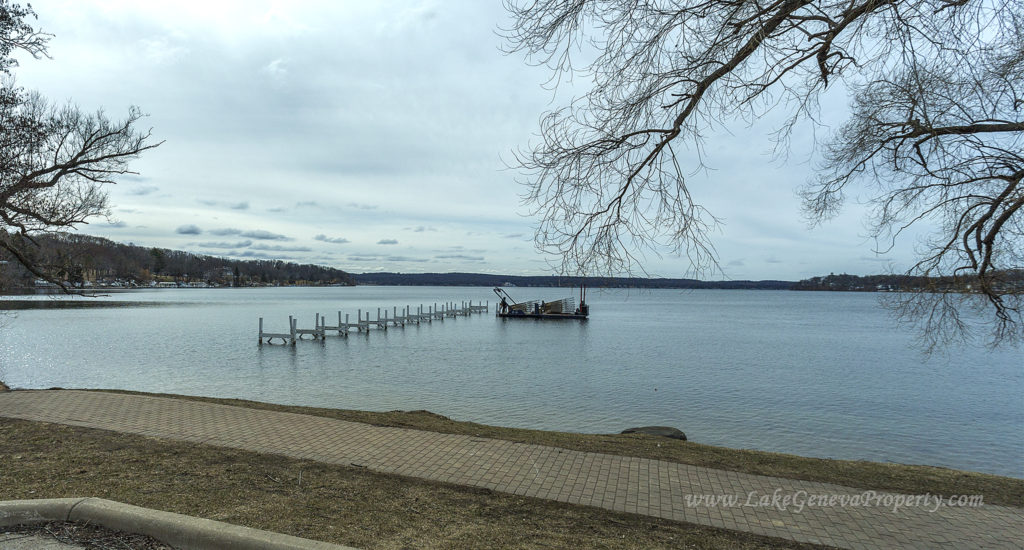 The Sign of Spring time in Lake Geneva